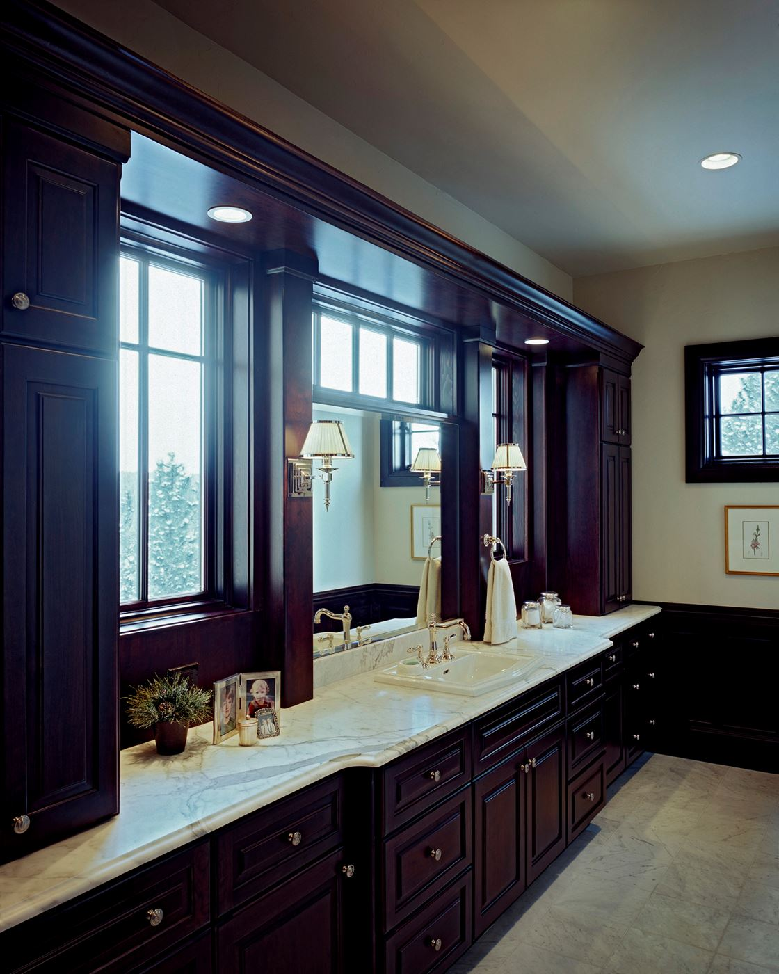 Expansive Bath | Gallery | Custom Wood Products - Handcrafted Cabinets