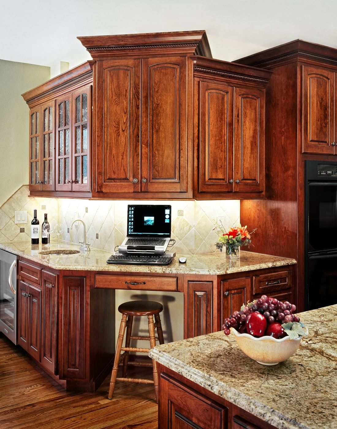 Custom space gallery custom wood products for Custom kitchen cabinets online